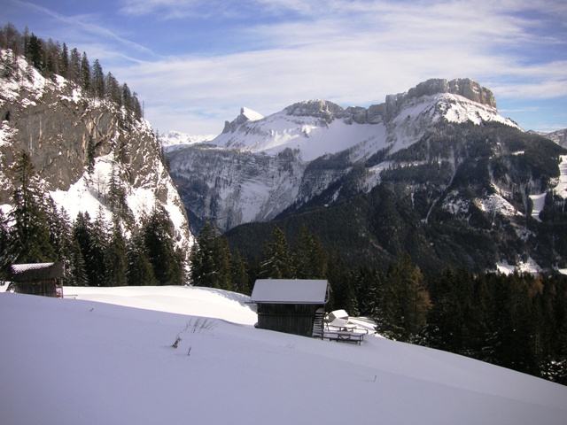 Foto: Salzprinz / Skitour / Über die Ausseer Sandlingalm auf den Sandling / Aufstieg über Ausseer Sandlingalm / 09.01.2007 22:49:26