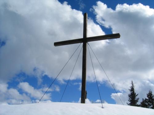 Foto: Christian Suschegg / Schneeschuhtour / Gritschenberg - Grasslherrgottweg - Zachenschöberl (1726m) / Das Gipfelkreuz am Zachenschöberl / 10.01.2007 18:15:52