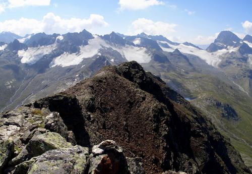 Foto: vince 51 / Wander Tour / Von der Bielerhöhe auf das Hohe Rad / Blick nach Süden, rechts Piz Buin / 12.01.2007 23:34:35