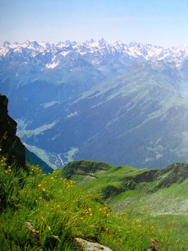 Foto: Andreas Koller / Wander Tour / Hoch über Schruns aufs Kreuzjoch (2398m) / Blick vom Kreuzjoch in die Silvretta / 14.01.2007 15:36:21