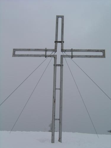Foto: Christian Suschegg / Ski Tour / Von Lassing auf den Blosen / Das Gipfelkreuz am Blosen. / 18.01.2007 13:10:46
