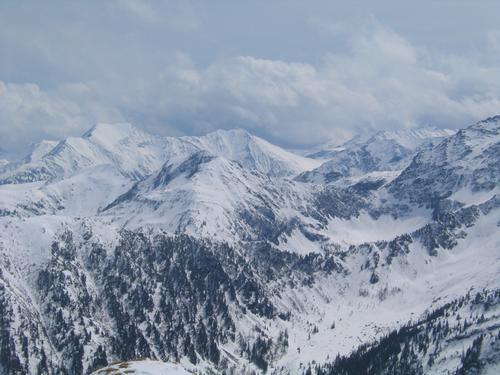 Foto: Christian Suschegg / Schneeschuhtour / Ebeneck - Ochsenkopf - Zinken - Speiereck / Blick nach Süden in die Bergwelt zwischen Deneck (links) und Gr. Knallstein (rechts außerhalb des Bildes). / 19.01.2007 14:10:09