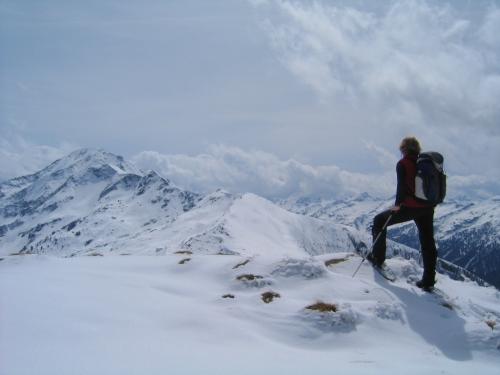 Foto: Christian Suschegg / Schneeschuh Tour / Ebeneck - Ochsenkopf - Zinken - Speiereck / Am Speiereck. Blick nach Süden zum Gr. Knallstein. / 19.01.2007 14:13:44