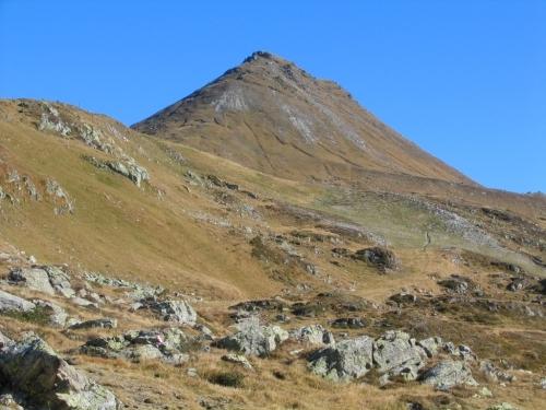 Foto: Christian Suschegg / Wandertour / Seekarspitze - Hundskogel / Der markante Gipfelaufbau des Hundskogel. / 20.01.2007 18:30:25