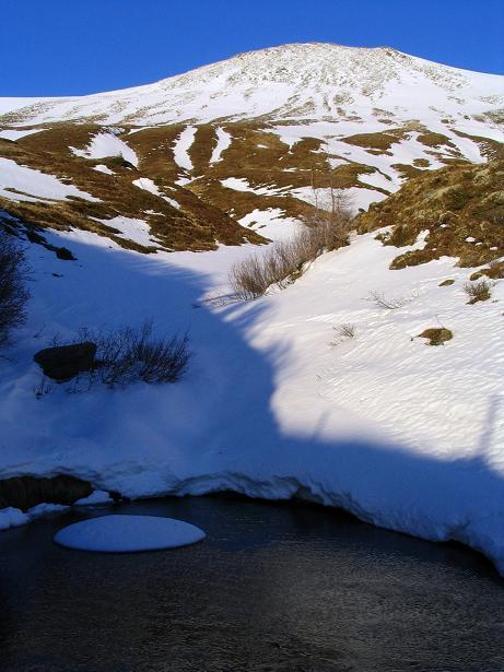 Foto: Andreas Koller / Wander Tour / Drei-Gipfel-Tour aus dem Schöttelgraben (2260 m) / Kleines Seenauge im Abstieg / 22.01.2007 03:19:19