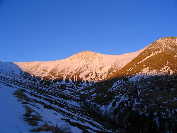 Foto: Andreas Koller / Wander Tour / Drei-Gipfel-Tour aus dem Schöttelgraben (2260 m) / Abendstimmung über dem Kilnprein / 22.01.2007 03:19:32