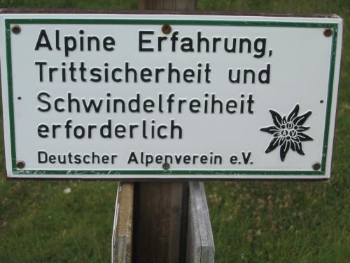 Foto: Christian Suschegg / Wander Tour / Über den Scharfen Steig und die Laufener Hütte auf Tagweide und Hochkarfelderkopf / Sowohl für den