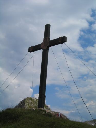 Foto: Christian Suschegg / Wander Tour / Über den Scharfen Steig und die Laufener Hütte auf Tagweide und Hochkarfelderkopf / Beim Gipfelkreuz auf der Tagweide. / 24.01.2007 09:59:47