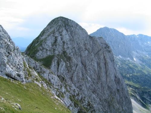 Foto: Christian Suschegg / Wander Tour / Über den Scharfen Steig und die Laufener Hütte auf Tagweide und Hochkarfelderkopf / Über steile Wiesenflanken steuert man den Hochkarfelderkopf an. / 24.01.2007 09:57:01