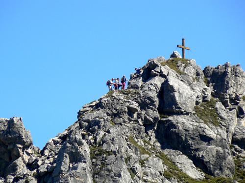 Foto: vince 51 / Wander Tour / Von Grabs auf die Tschaggunser Mittagsspitze (2168m) / ,,Stau'' am Gipfelgrat / 26.01.2007 21:52:58