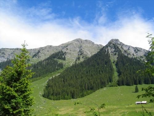 Foto: Christian Suschegg / Wander Tour / 3-Gipfel-Runde am Hochangernstock: Kosennspitz - Angerkogel - Nazogl / Blick vom Ausgangspunkt auf den Nazogl. / 29.01.2007 20:32:24