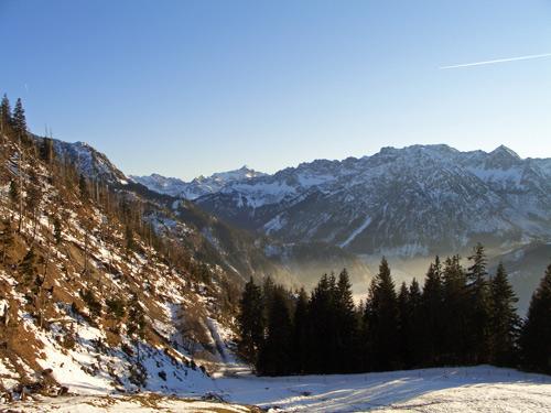 Foto: vince 51 / Wandertour / Familienwanderung auf den Spieser (1651m) / Im Hintergrund der Hochvogel / 29.01.2007 22:25:08