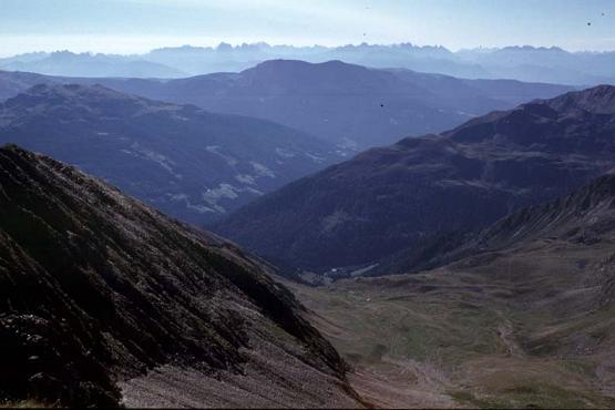 Foto: Andreas Koller / Wander Tour / Im Passeiertal auf  Hönigspitze und Hirzer (2781m) / Gipfelblick vom Hirzer / 29.01.2007 23:29:25