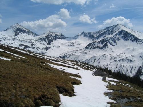 Foto: Christian Suschegg / Skitour / Tischfeldspitze (2268m) / Auf schmalen Schneebändern zurück zur Mahdfeldhütte / 01.02.2007 21:29:21