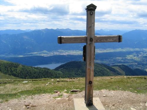 Foto: Christian Suschegg / Wander Tour / Rundweg über Tschiernock, Hochpalfennock und Tschierweger Nock / Beim Gipfelkreuz am Hochpalfennock / 04.02.2007 18:08:08