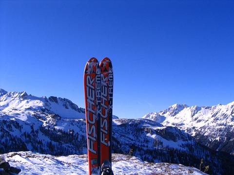 Foto: Andreas Koller / Ski Tour / Von Tweng auf den Rosskogel (2149 m) / Der Blick vom Rosskogel nach W / 05.02.2007 21:34:40