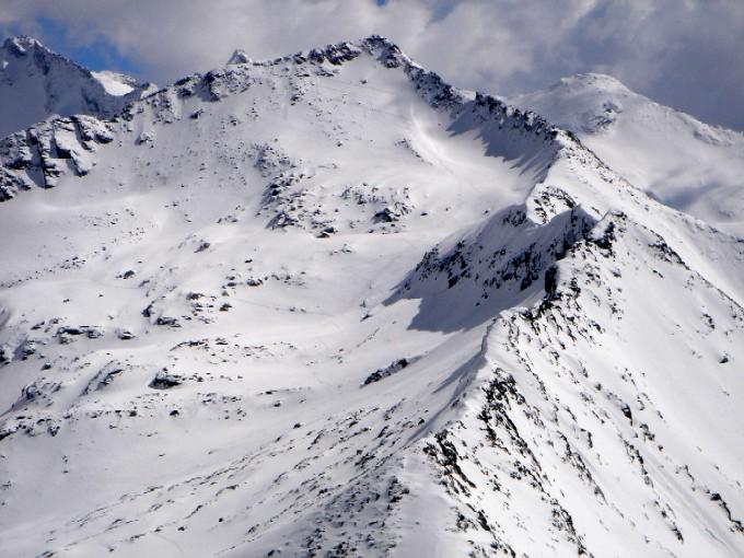 Foto: Manfred Karl / Skitour / Marchkareck (2661m) / Vom Schöderhorn überblickt man den weiteren Anstieg zum Marchkareck recht gut. Rechts im Hintergrund der Weinschnabel. / 08.02.2007 20:58:53