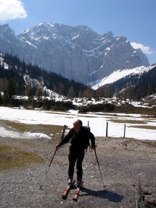 Foto: Manfred Karl / Ski Tour / Hochglück (2573m) / Blick zurück zum Hochglück, wenn alles passt, wirklich ein hohes Glück! / 09.02.2007 07:28:10