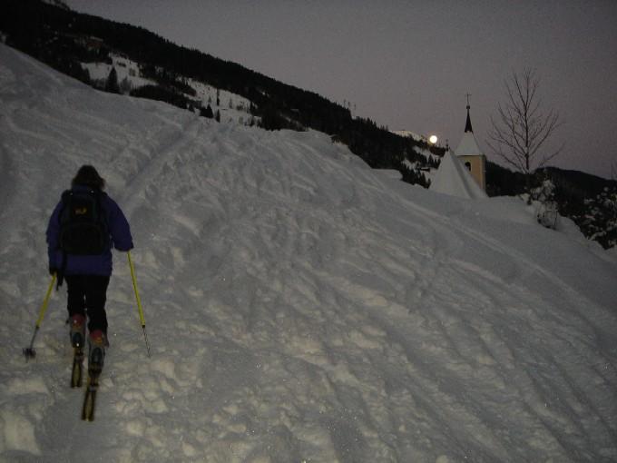 Foto: Manfred Karl / Ski Tour / Rund um den Heidentempel / Morgendlicher Aufbruch in Hüttschlag. / 10.02.2007 10:04:47