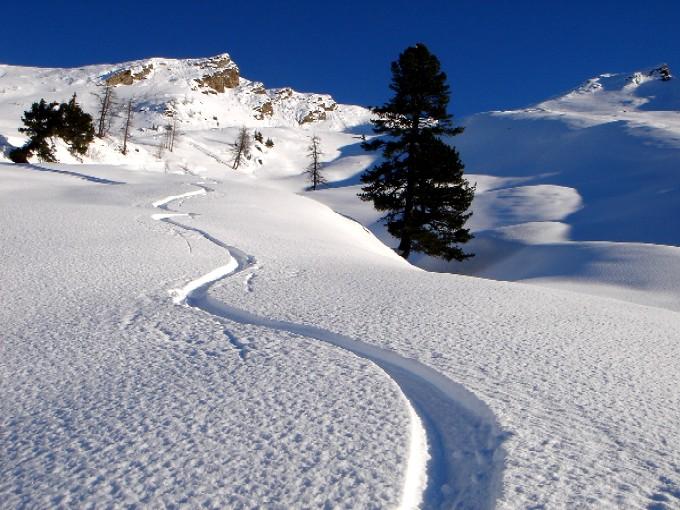 Foto: Manfred Karl / Ski Tour / Rund um den Heidentempel / Herrliche Hänge zwischen Gossenwand links und Rosskarkogel rechts. / 10.02.2007 10:11:23