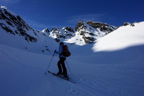 Foto: Christian Suschegg / Ski Tour / Über die Ebenbachalm auf den Hochwart (2301m) / Im Karschluß. Bis hierher ist die Tour nur mäßig schwierig - etwa Schwierigkeit 2, maximal 2 bis 3. / 11.02.2007 21:04:07