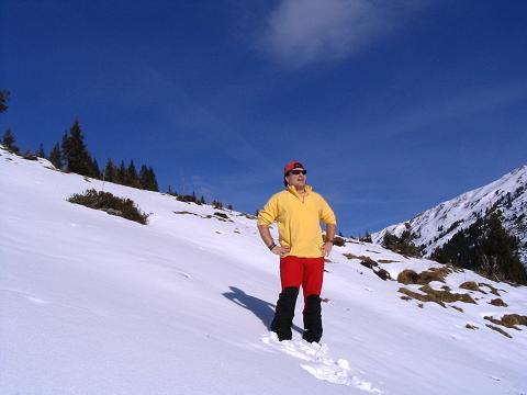 Foto: Andreas Koller / Schneeschuh Tour / Durch das Dürnbachtal auf den Rossberg (2185 m) / Kurze Rast oberhalb der Steiner Alm / 12.02.2007 03:31:36