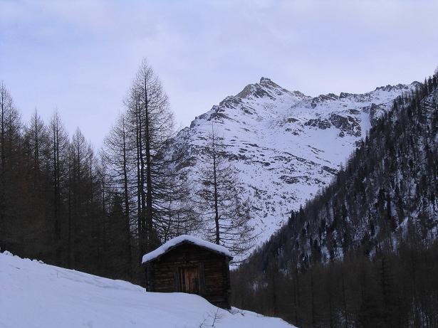 Foto: Andreas Koller / Ski Tour / Vom Sadnighaus auf die Melenwand (2570 m) / Vom Parkplatz Blick zur Magernigspitze / 12.02.2007 13:57:19