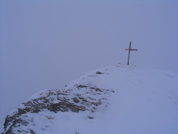 Foto: Andreas Koller / Ski Tour / Vom Sadnighaus auf die Melenwand (2570 m) / Das Gipfelkreuz auf dem Melenwand Kopf / 12.02.2007 13:52:17