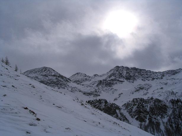 Foto: Andreas Koller / Ski Tour / Vom Sadnighaus auf die Melenwand (2570 m) / Blick auf den Sadnig (2745 m) / 12.02.2007 13:55:57