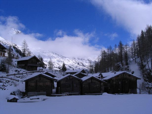 Foto: Andreas Koller / Skitour / Innergschlöss und Zeigerpalfen (2506 m) / Das Außergschlöss gegen die Granatspitzgruppe / 12.02.2007 19:36:43