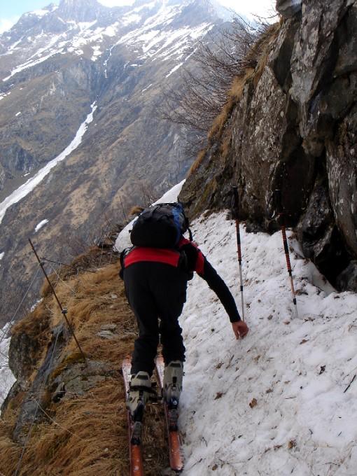Foto: Manfred Karl / Ski Tour / Habachspitze (3064m) / Bei hoher Schneelage im ersten Teil nicht ungefährlich, wenn ausgeapert kein Problem: Der Schafsteig. / 13.02.2007 20:23:28