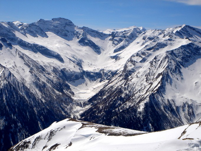 Foto: Manfred Karl / Ski Tour / Pleißnitzkogel (2536m) / Blick vom Gipfel zum Rotgüldensee und Hafner. / 14.02.2007 23:00:27
