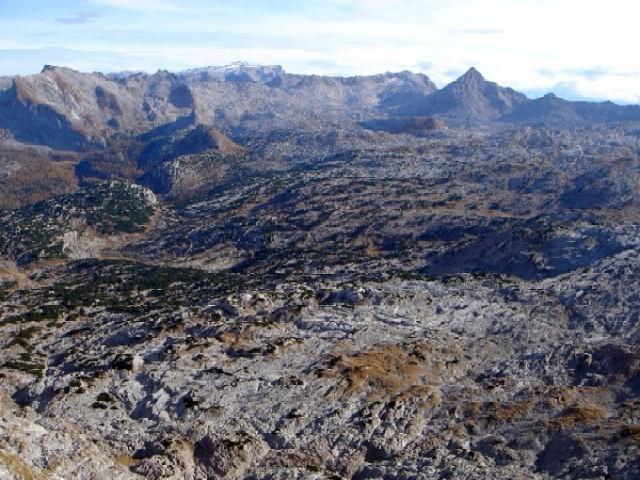 Foto: Manfred Karl / Kletter Tour / Südwestgrat auf den Hundstod IV- / Grandioser Ausblick vom Gipfel über das Steinerne Meer zum Hochkönig. / 15.02.2007 22:12:49