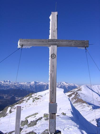 Foto: Andreas Koller / Skitour / Seekoppe (2150m) / Gipfelkreuz auf der Seekoppe / 18.02.2007 23:43:59