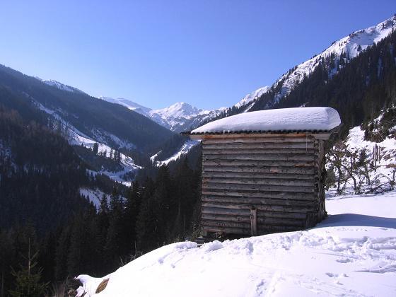 Foto: Andreas Koller / Skitour / Seekoppe (2150m) / Blick zur Hinteren Gullingspitze / 18.02.2007 23:49:13