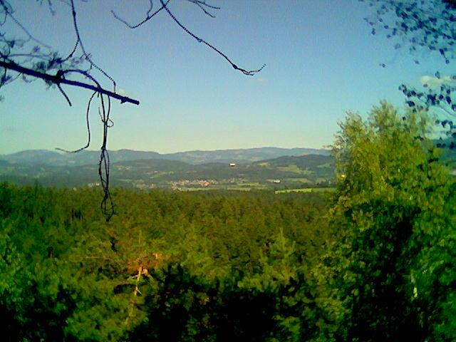 Foto: mongfevned / Mountainbiketour / Klagenfurt - Kreuzbergl - Falkenberg / Aussicht: auf dem Weg zum Falkenberggipfel / 19.04.2007 16:27:16