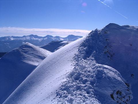 Foto: Andreas Koller / Skitour / Aus der Eisenerzer Ramsau auf drei Gipfel (2070 m) / Die letzten Meter des Grates auf den Stadelstein / 12.03.2007 13:32:45