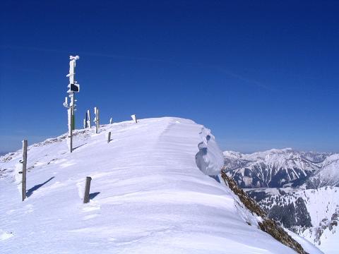 Foto: Andreas Koller / Skitour / Aus der Eisenerzer Ramsau auf drei Gipfel (2070 m) / Am Gipfel des Speikkogel / 12.03.2007 13:34:33