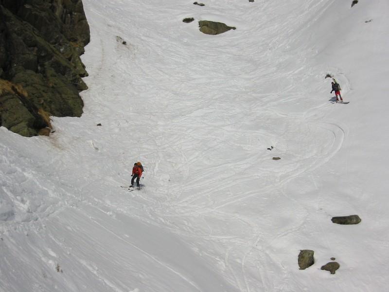 Foto: mucho / Ski Tour / Schneespitze (3173m) / Abfahrtsvariante von der Hütte. Rinne kurz vor Einmündung beim Grünsee / 15.03.2007 22:17:10
