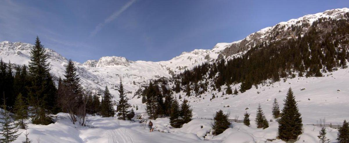 Foto: Christian Hilgarter / Ski Tour / Hochegg (2867m) / Talschluß Pflerschtal als Panoramabild / 16.03.2007 20:11:57