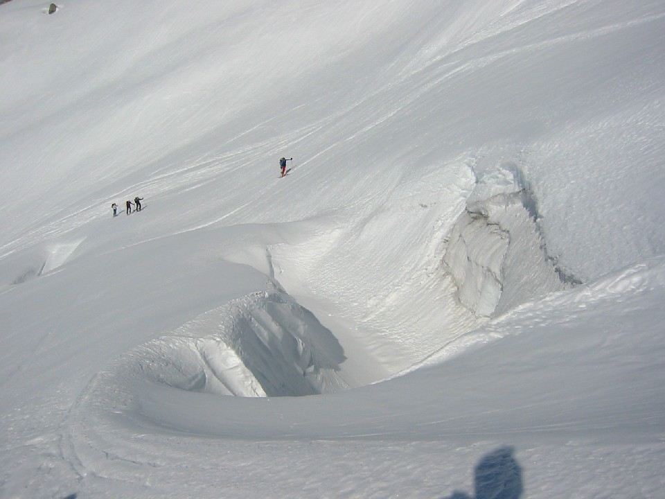 Foto: mucho / Ski Tour / Kuchelmooskopf (3214m) / Querung des Zillerkeeses / 18.03.2007 14:20:55