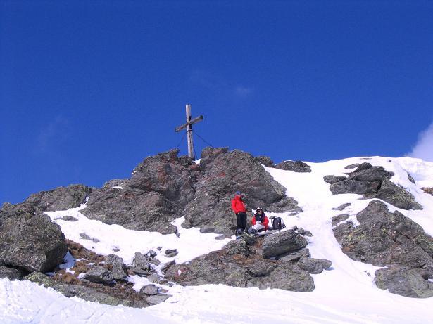 Foto: Andreas Koller / Skitour / Grindlspitze (2635m) und Rastkogel (2762m) / Knapp unterhalb des Gipfelkreuzes am Rastkogel / 06.04.2007 11:06:42