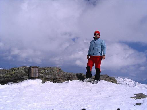 Foto: Andreas Koller / Skitour / Grindlspitze (2635m) und Rastkogel (2762m) / Weiter Ausblick nach N vom Rastkogel-Gipfel / 06.04.2007 11:05:09
