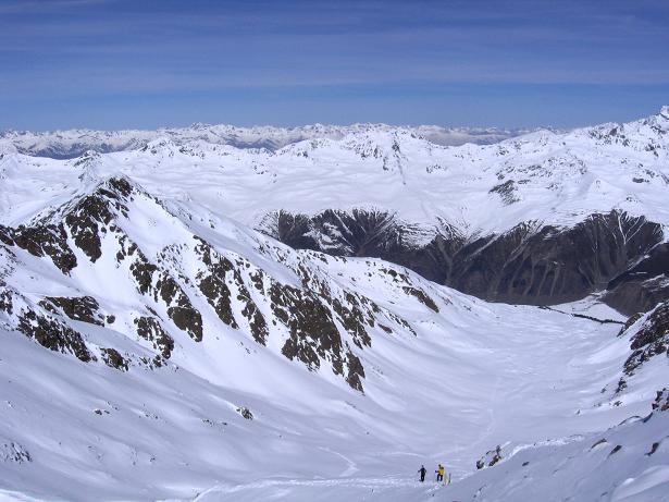 Foto: Andreas Koller / Ski Tour / Aus dem Falbanairtal auf Tiergartenspitze (3068 m)  und Mitterlochspitze (3174 m) / Das Falbanairtal, durch das der Aufstieg erfolgt / 06.04.2007 19:03:35