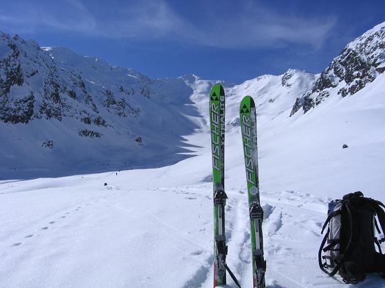 Foto: Andreas Koller / Ski Tour / Aus dem Falbanairtal auf Tiergartenspitze (3068 m)  und Mitterlochspitze (3174 m) / Falbanairtal und Mittlere Lochspitze / 06.04.2007 19:09:08