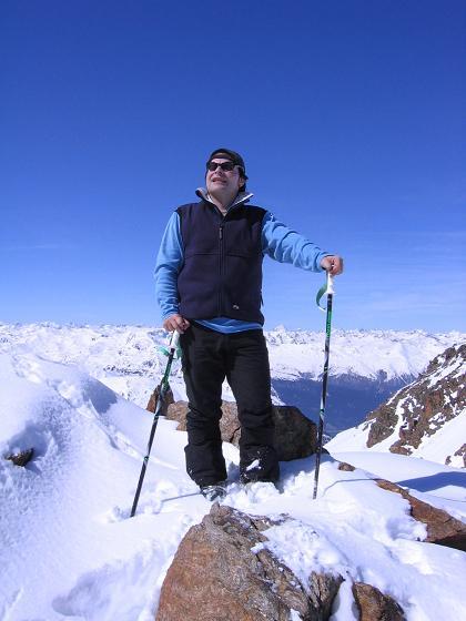 Foto: Andreas Koller / Ski Tour / Aus dem Falbanairtal auf Tiergartenspitze (3068 m)  und Mitterlochspitze (3174 m) / In der Scharte zwischen Tiergartenspitze und Mittlerer Lochspitze / 06.04.2007 19:07:25