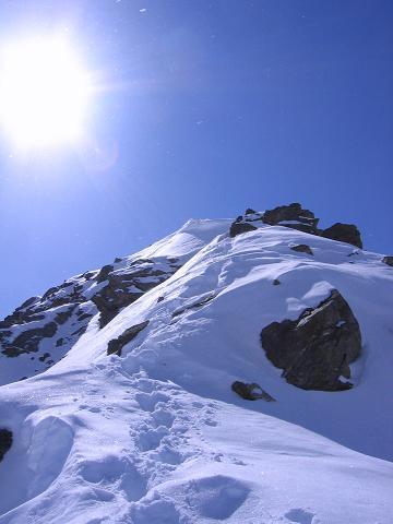 Foto: Andreas Koller / Ski Tour / Durch das stille Kaiserbergtal auf die Platzerspitze (3098m) / Gipfelgrat auf die Platzerspitze / 06.04.2007 19:40:00