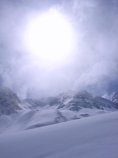 Foto: Andreas Koller / Ski Tour / Durch das stille Kaiserbergtal auf die Platzerspitze (3098m) / Nebel und Sonne im Kaiserbergtal / 06.04.2007 19:42:00