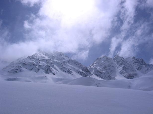 Foto: Andreas Koller / Ski Tour / Durch das stille Kaiserbergtal auf die Platzerspitze (3098m) / Impressionen aus dem Kaiserbergtal / 06.04.2007 19:41:47
