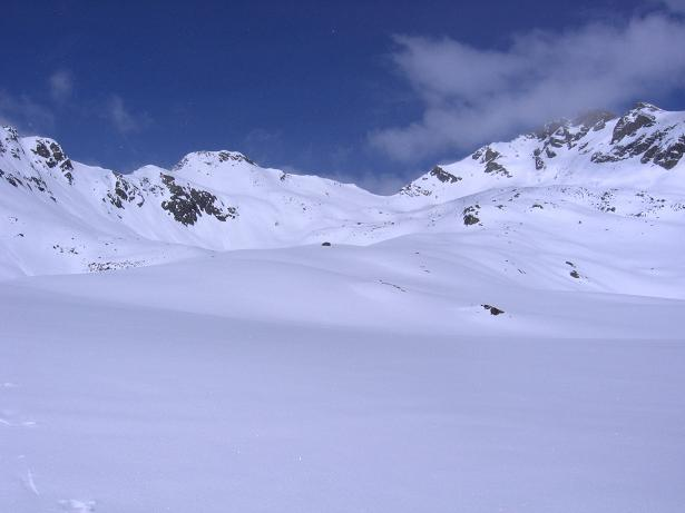 Foto: Andreas Koller / Ski Tour / Durch das stille Kaiserbergtal auf die Platzerspitze (3098m) / Die obersten Böden im Kaiserbergtal / 06.04.2007 19:41:23